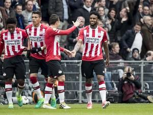 Sjaak Swart baalt van doelpunt PSV