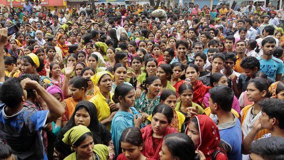 Bengaalse kledingarbeiders protesteren vandaag ook voor meer loon en betere werkomstandigheden