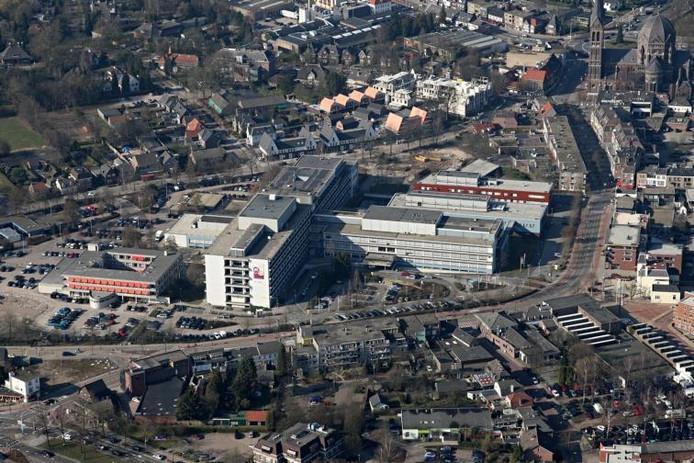 Het Sint Anna Ziekenhuis in Geldrop gezien vanuit de lucht. foto Ronald Otter