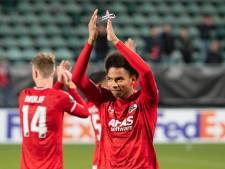 Stengs verheugt zich op belangrijkste onbelangrijke wedstrijd: 'De hele familie wil komen'