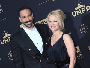 Pamela Anderson fait son mea culpa après ses accusations sur Adil Rami