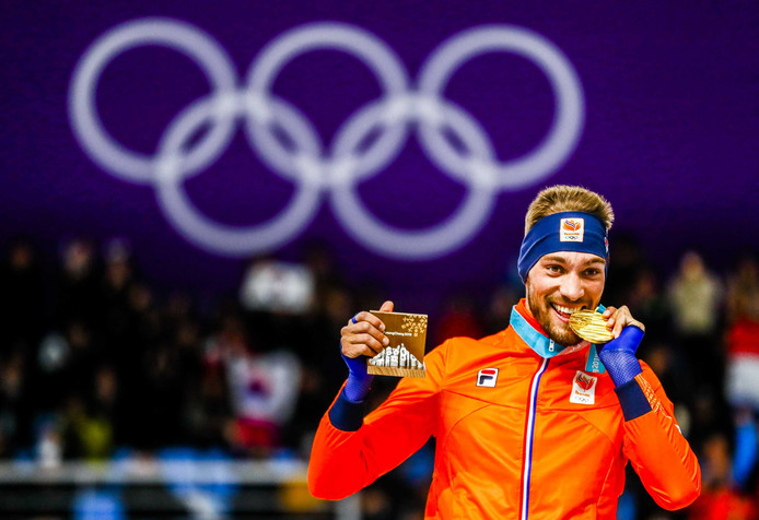 Kjeld Nuis met zijn gouden medaille.
