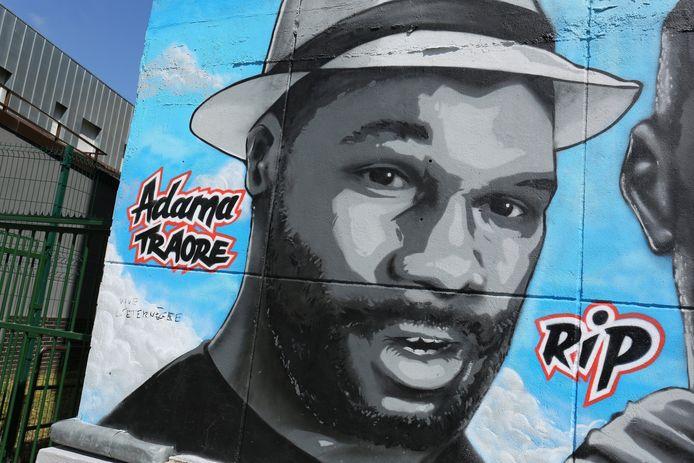 Une fresque en hommage à Adama Traoré (Stains, Seine-Saint-Denis)