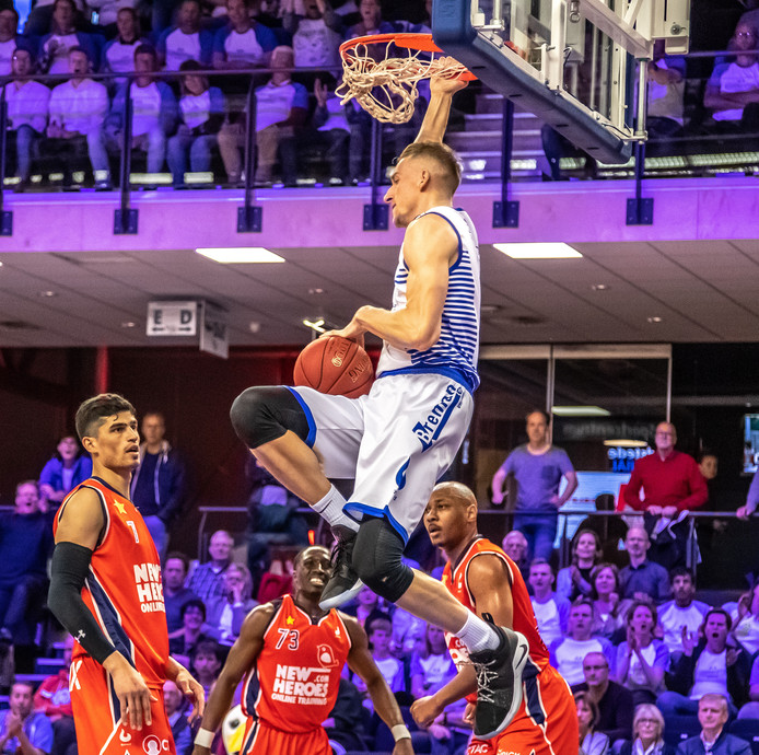 Kevin Bleeker is via Landstede Basketbal teruggekeerd in het Nederlands team.