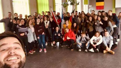 Franse jongeren uit Aubenas op bezoek in Zelzate