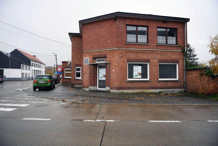 De laatste bankautomaat van Nieuwrode verdween onlangs. De inwoners willen zo snel mogelijk terug geld kunnen afhalen in hun eigen gemeente. Nu worden ze gedwongen om naar Aarschot, Wezemaal, Tielt-Winge of Wezemaal te gaan.