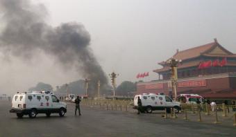 China gaat auto's volgen in Xinjiang