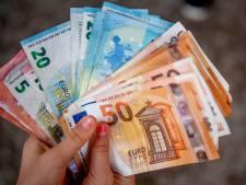 Knul (15) betrapt op betalen met vals geld in Dordrecht