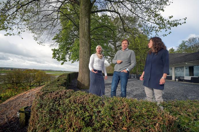Een groep investeerders en kunstenaars heeft een plan opgevat voor een regionaal museum en trefcentrum op toplocatie Westerbouwing in Oosterbeek.