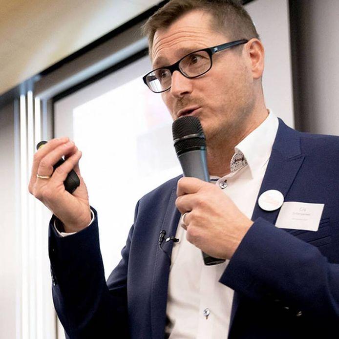 Cis Scherpereel komt uitleg geven over e-commerce.