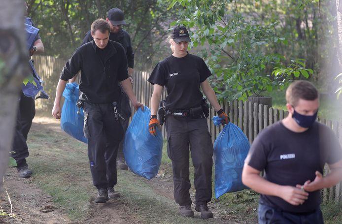 De politie zocht in juli in een volkstuincomplex in Hannover naar sporen in de zaak-Maddie Mccann.