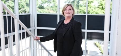 Jeltje Schraverus blijft als directeur van Slingeland Ziekenhuis; ongerustheid bij SKB