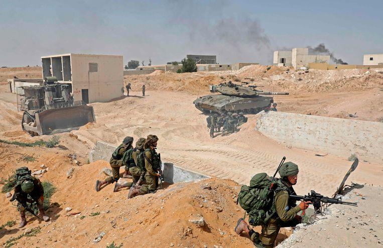 Israelische soldaten tijdens een militaire oefening.