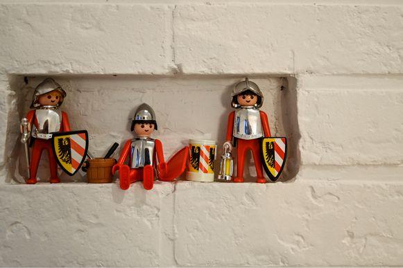 De allereerste Playmobil-mannetjes die Ken ooit had, uit vervlogen jaren.