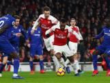 Lacazette en Koscielny winnen Londense derby voor Arsenal