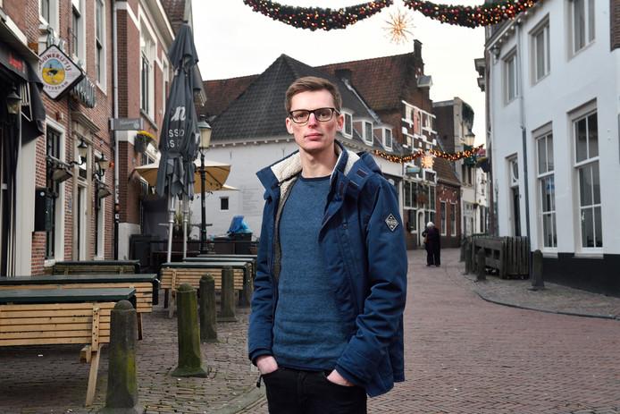 Brian Rijerkerk is in elkaar geslagen op de kruising van het Havik en de Lavendelstraat. Hij zoekt nu getuigen.
