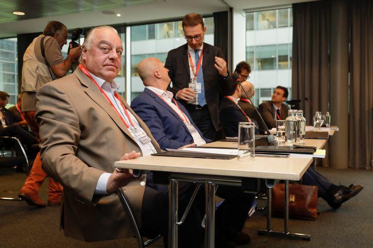 Johan Timmermans werd door de bondsvoorzitter geschorst uit het uitvoerend comité. Maar die macht heeft de bondsvoorzitter niet, stelt de licentiecommissie.