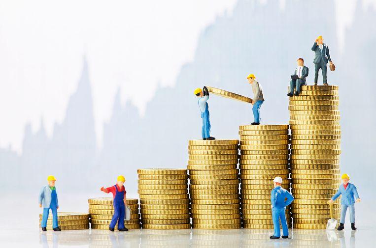 Nu het economisch beter gaat, leggen meer organisaties de loonnorm naast zich neer.