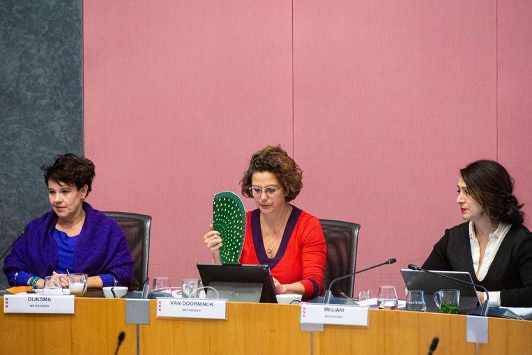 Wethouders Sharon Dijksma, Marieke van Doorninck en Touria Meliani. Beeld Maarten Brante