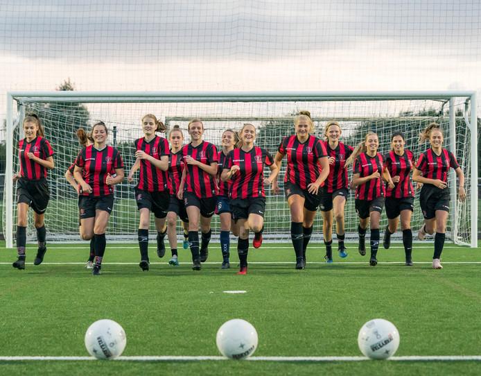 Ook in het vrouwenvoetbal is OJC Rosmalen de grootste. Met 259 voetballende vrouwen en meisjes blijft het plezier het belangrijkste voor de Rosmalense ploeg.