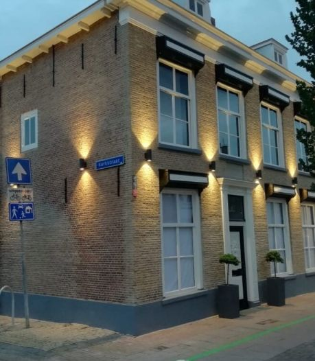 Vervallen monumentaal pand aan Voorstraat is na restauratie nieuwe trots van Numansdorp