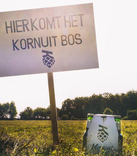 Grolsch laat Kornuitdrinkers een Twents bierbos aanplanten