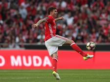 Man United haalt Lindelöf, plek Blind op de tocht