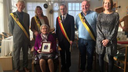Clementine Soens viert 100ste verjaardag in rusthuis Assenede