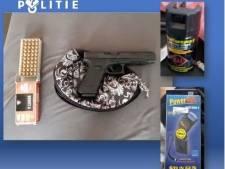 Hennepkwekerij, wapens en veel geld ontdekt in Cuijkse woning