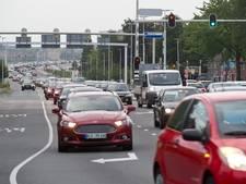 Renovatie Waalbrug wordt krachtproef van 18 maanden voor het verkeer