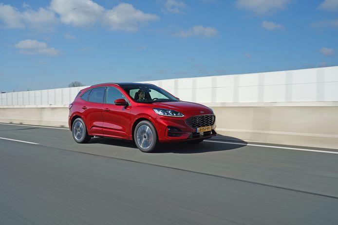 Als plug-in hybride profiteert de Ford Kuga van diverse financiële voordelen