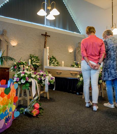 Overlijden van pastor Michiel Zeinstra raakt Rossum diep: 'Groot gemis voor het dorp'