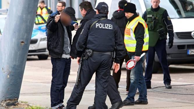 Duitse politie pakt drie verdachten uit Brussel op voor mogelijke band met terreurnetwerk