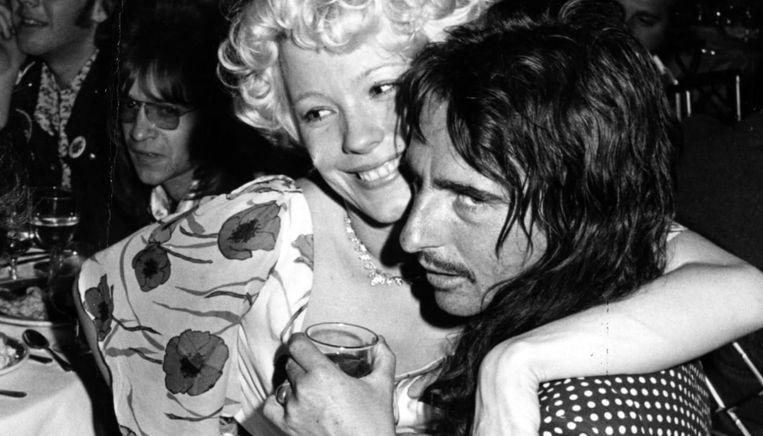 Pamela met Alice Cooper.