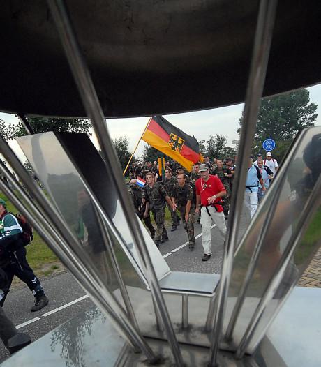 'Nijmegen, laat herdenking 'nazi-kerkhof' stoppen'