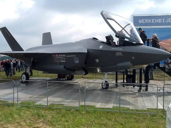 Een levensgroot model van de JSF stond afgelopen maand in Volkel tijdens de Luchtmachtdagen.