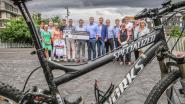 Spectaculaire tak van mountainbiken houdt wereldkampioenschap op Zuiderpromenade