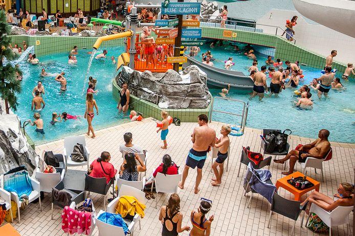 Foto ter illustratie. Zwembad De Scheg in Deventer.