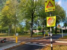 Fietsers gewond bij aanrijding in Hengelo