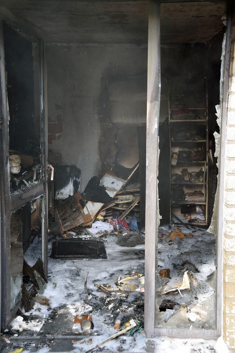 De keuken brandde volledig uit.