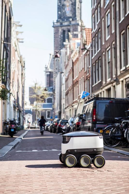 Met de Domino's bezorgrobot is al wel gereden, maar het echte commerciële gebruik is nog niet van de grond gekomen.