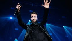 VIDEO: Editors hypnotiseren fans in uitverkocht Sportpaleis