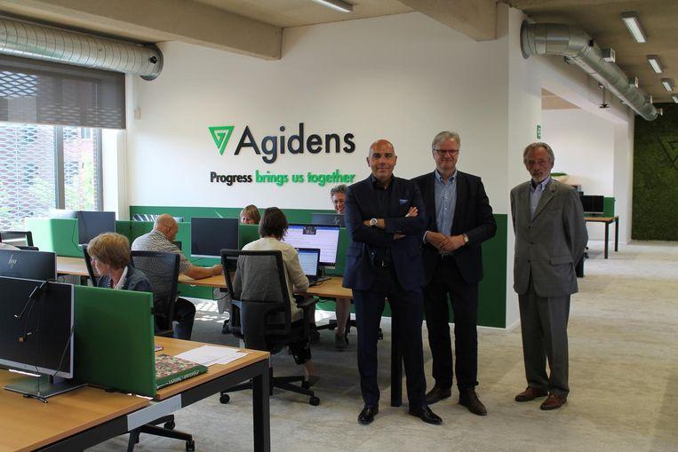 Geert Stienen, Dirk de Kort en Hugo Luyten in het satellietkantoor van Agidens.