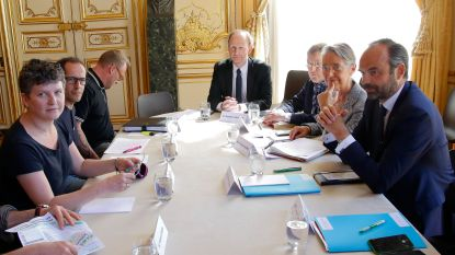 Franse spoorbonden houden ook na ontmoeting met premier voet bij stuk