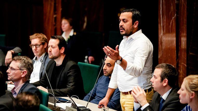 Gemeenteraadslid Nourdin el Ouali van partij NIDA tijdens een debat van de Rotterdamse gemeenteraad. Beeld anp