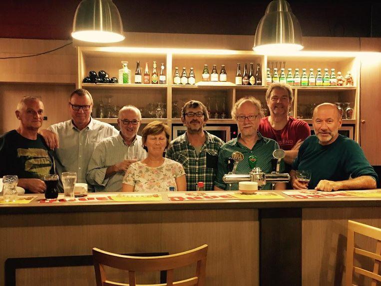 De bezielers van 'De Warmste 24 Uren'. V.L.N.R.: Frank Van der Auwera, Jan Verelst, Rudi Dierckx, Christine Van Put, Marc Van Dyck, Marc Vleugels, Dirk De Herdt en Gert Verschueren.
