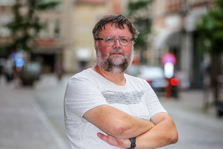 Aalmoezenier Yvan Thomas heeft met vzw UIT-Stap een dossier ingediend voor een transitiehuis in Ieper.