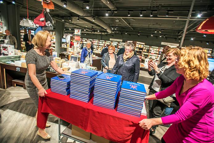 Boek Koningsdag presentatie bij Gianotten/Mutsaers