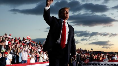 """Campagne Trump zet opiniepeilers aan de deur na gelekte, lage resultaten"""