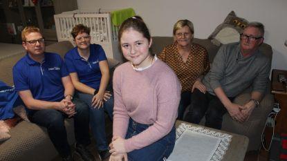 """Sharline (14) dankzij Make-a-Wish te zien in De Buurtpolitie op VTM: """"Zalig om eens in de belangstelling te staan"""""""